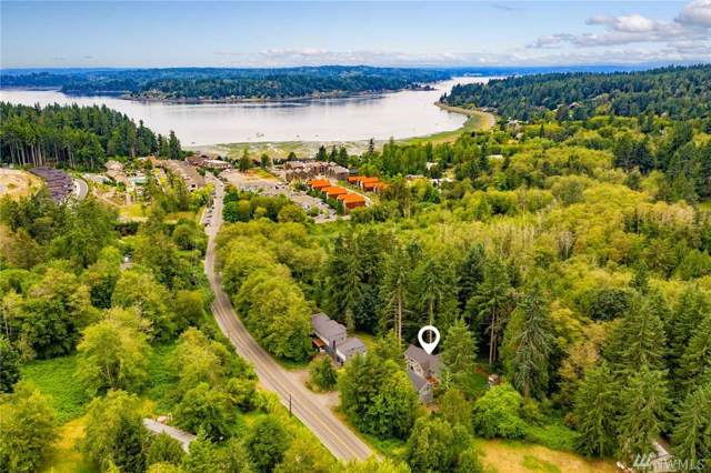4959 Lynwood Center Rd NE, Bainbridge Island, WA 98110 (#1537482) :: Lucas Pinto Real Estate Group