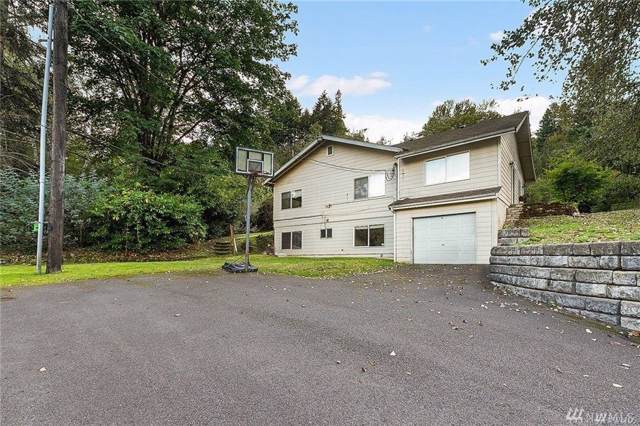 755 17th Ave NW, Issaquah, WA 98027 (#1537753) :: Canterwood Real Estate Team