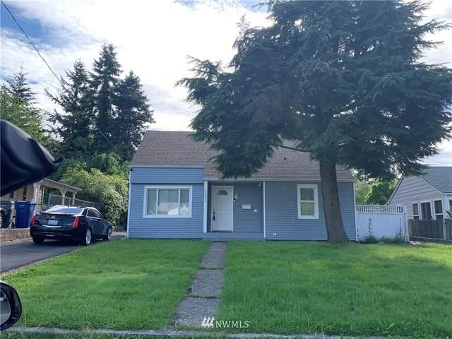 12055 69th Avenue S, Seattle, WA 98178 (#1537781) :: Better Properties Real Estate