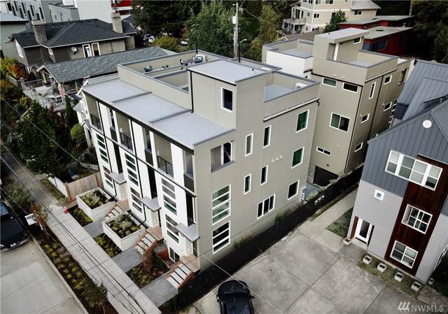 2444 55th Ave SW, Seattle, WA 98116 (#1538275) :: Canterwood Real Estate Team