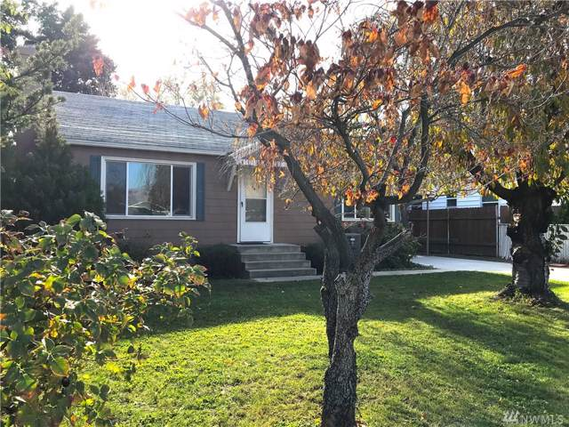1107 9th St, Wenatchee, WA 98801 (#1538595) :: Alchemy Real Estate