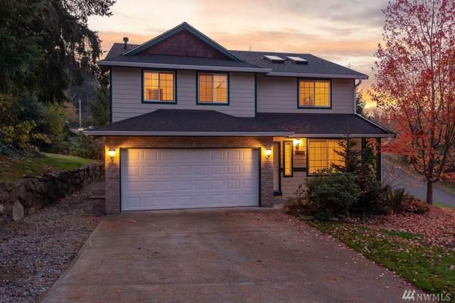 2320 13th Av Ct SW, Puyallup, WA 98371 (#1538612) :: Ben Kinney Real Estate Team