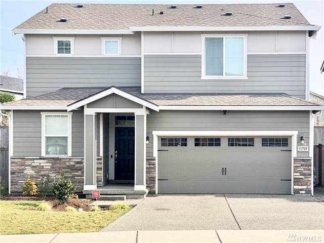 13705 67th Ave E, Puyallup, WA 98373 (#1538844) :: Keller Williams Realty