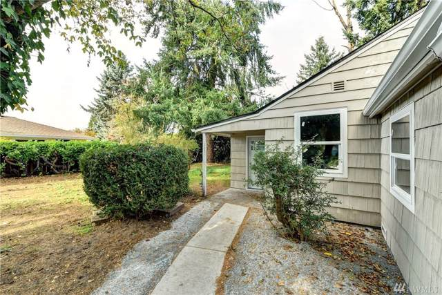528 S 144th St, Burien, WA 98168 (#1538954) :: Crutcher Dennis - My Puget Sound Homes