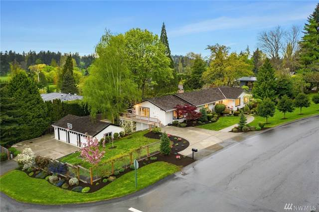 2001 86TH Ave NE, Clyde Hill, WA 98004 (#1539375) :: Real Estate Solutions Group