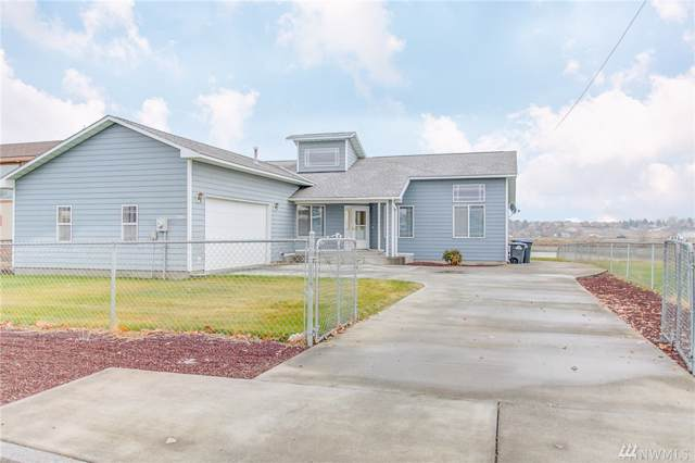 2501 W Lakeside Dr, Moses Lake, WA 98837 (#1539764) :: Record Real Estate