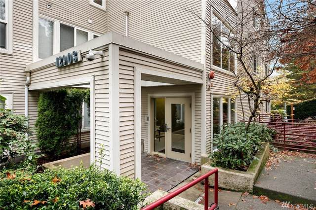 12903 SE 38th St #303, Bellevue, WA 98006 (#1539856) :: Center Point Realty LLC