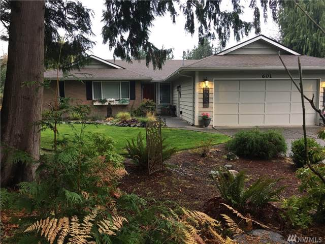 601 Upland Place, Mount Vernon, WA 98273 (#1540033) :: Crutcher Dennis - My Puget Sound Homes