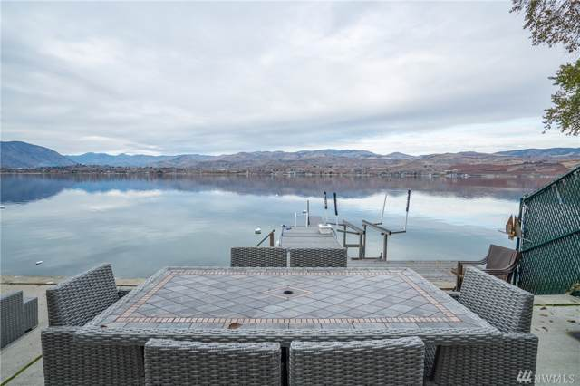 2720 S Lakeshore Rd, Chelan, WA 98816 (#1540120) :: Ben Kinney Real Estate Team