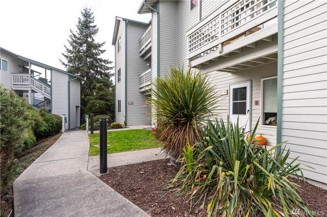 485 SW Bayshore Dr B102, Oak Harbor, WA 98277 (#1540216) :: Real Estate Solutions Group