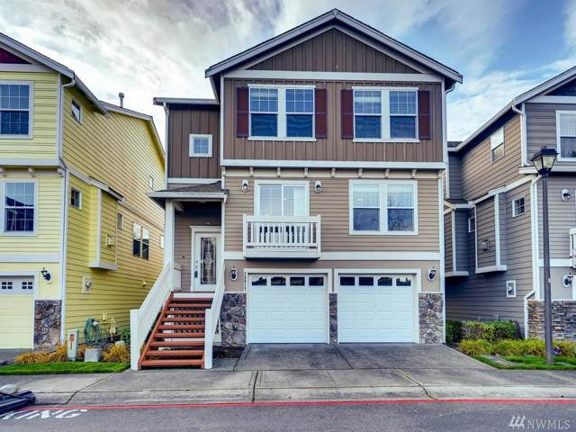 23617 102nd Place SE, Kent, WA 98031 (#1540490) :: Keller Williams Western Realty