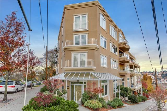 2100 Thorndyke Ave W #302, Seattle, WA 98121 (#1540621) :: The Kendra Todd Group at Keller Williams