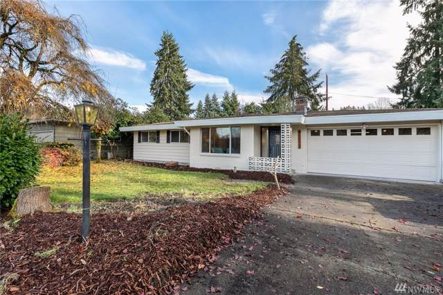 15012 133rd Ave SE, Renton, WA 98058 (#1540873) :: Canterwood Real Estate Team