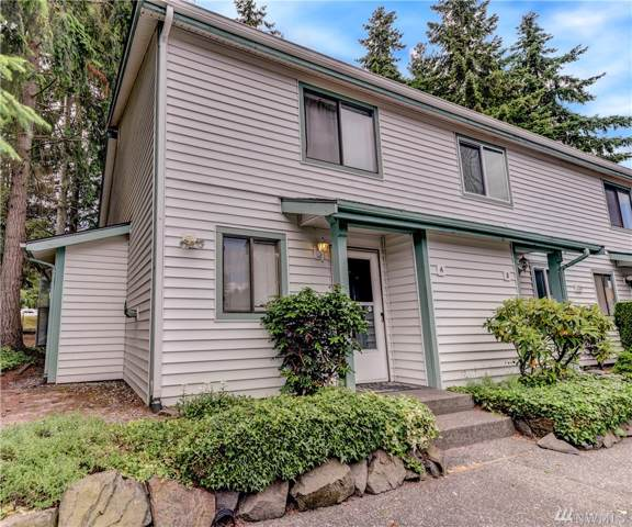 1729 SW 318th Place, Federal Way, WA 98023 (#1541185) :: Crutcher Dennis - My Puget Sound Homes