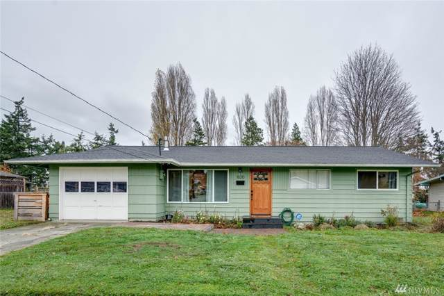 1020 SW Bowmer St, Oak Harbor, WA 98277 (#1541330) :: Ben Kinney Real Estate Team