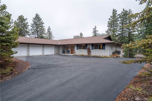 6415 Summit View Place, Wenatchee, WA 98801 (#1541382) :: Northern Key Team
