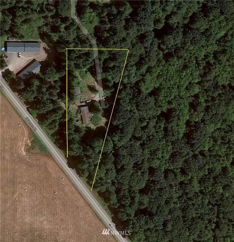 3235 Tyee Lane, Camano Island, WA 98282 (#1541888) :: Alchemy Real Estate