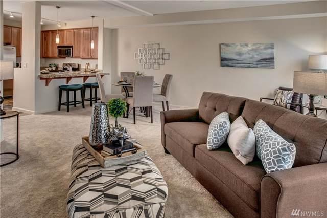 6800 132nd Place SE E104, Newcastle, WA 98059 (#1542138) :: Chris Cross Real Estate Group