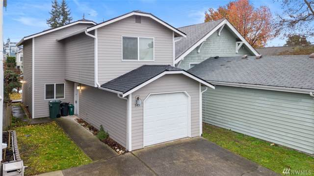 545 NE 80th St, Seattle, WA 98115 (#1542829) :: KW North Seattle