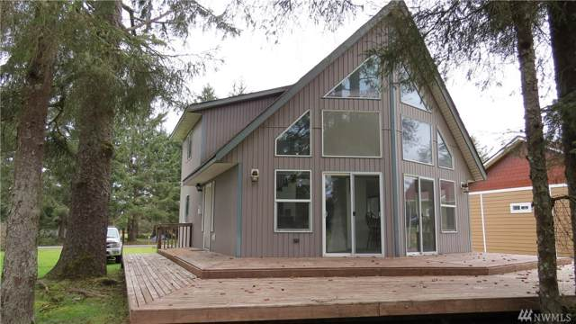 158 Octopus Ave NE, Ocean Shores, WA 98569 (#1542860) :: Northern Key Team