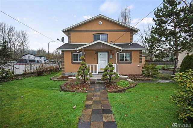 1134 14th St SW, Puyallup, WA 98371 (#1543046) :: Lucas Pinto Real Estate Group