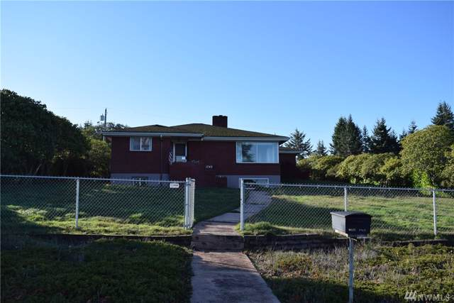 1740 W Eighth Street, Port Angeles, WA 98363 (#1543498) :: Keller Williams - Shook Home Group