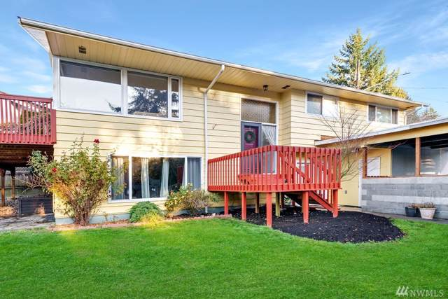 704 10th St, Mukilteo, WA 98275 (#1543721) :: Real Estate Solutions Group