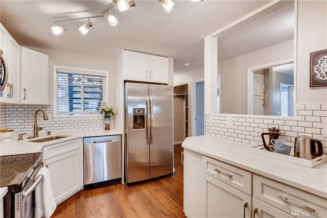 11703 Ne 80th St D1, Kirkland, WA 98033 (#1544508) :: Mike & Sandi Nelson Real Estate