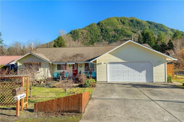 900 Montague Ave, Darrington, WA 98241 (#1545106) :: Mosaic Home Group