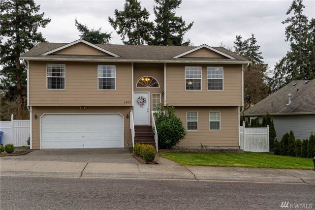 1651 SW 10th Ave, Oak Harbor, WA 98277 (#1545417) :: Hauer Home Team