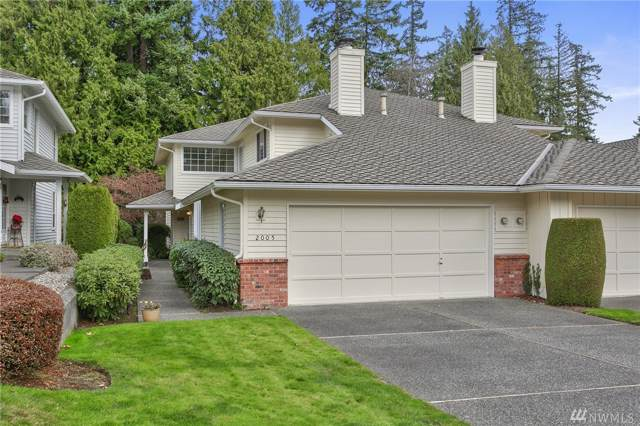 2005 Mill Pointe Dr SE, Mill Creek, WA 98012 (#1545517) :: Real Estate Solutions Group