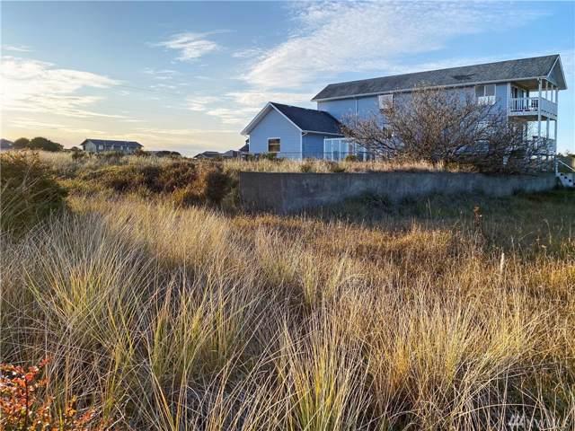 1398 E Ocean Shores Blvd SW, Ocean Shores, WA 98569 (#1545526) :: Keller Williams Realty