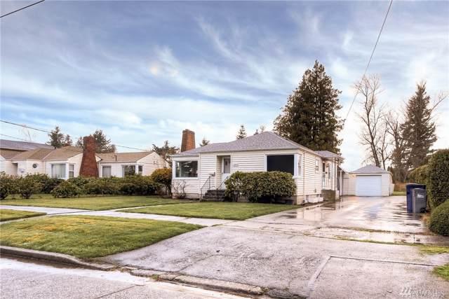 1705 Lowell Ave, Enumclaw, WA 98022 (#1545641) :: Keller Williams Realty