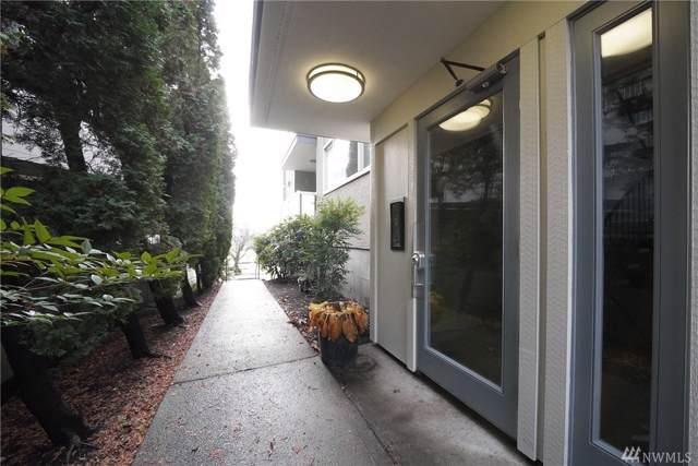 812 N 42nd #102, Seattle, WA 98103 (#1545941) :: Crutcher Dennis - My Puget Sound Homes