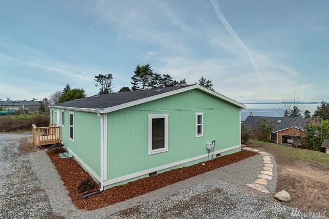 1456 Lloyd Place, Oak Harbor, WA 98277 (#1546096) :: Real Estate Solutions Group