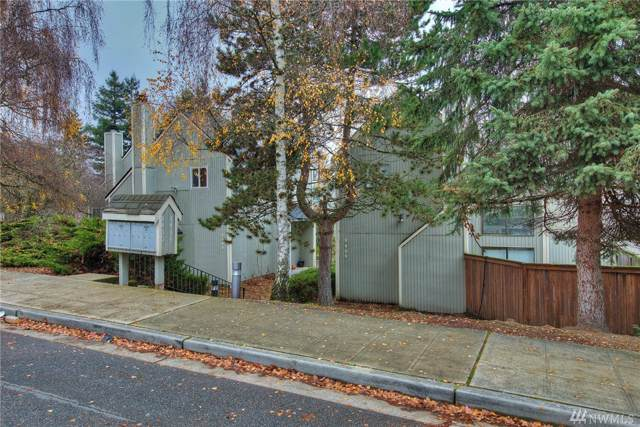 8408 25th Ave SW B, Seattle, WA 98106 (#1546401) :: Commencement Bay Brokers