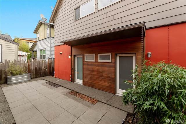 922 26th Ave S A, Seattle, WA 98144 (#1546418) :: Ben Kinney Real Estate Team