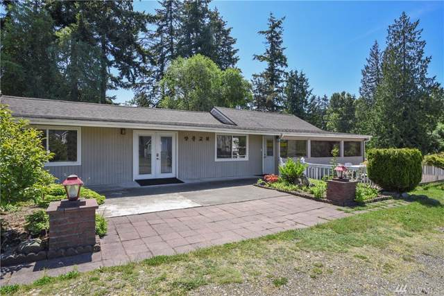 29850 18th Ave S, Federal Way, WA 98003 (#1546685) :: Mike & Sandi Nelson Real Estate