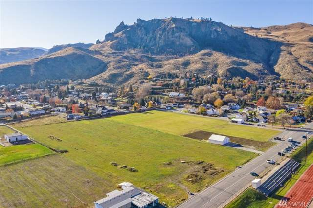 1101-- 1105 Red Apple Rd, Wenatchee, WA 98801 (#1546815) :: Lucas Pinto Real Estate Group