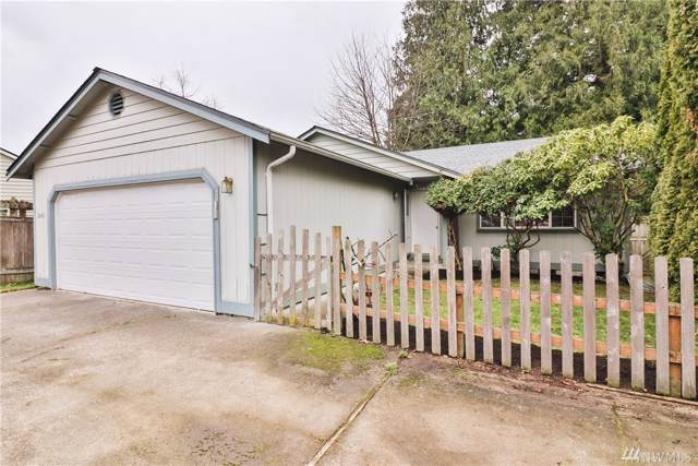 2405 W Meadow Blvd, Mount Vernon, WA 98273 (#1547217) :: Ben Kinney Real Estate Team