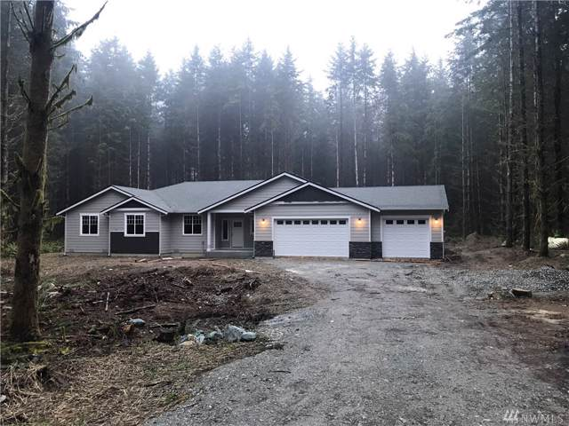 4913 194th Place NW, Stanwood, WA 98292 (#1547484) :: Ben Kinney Real Estate Team