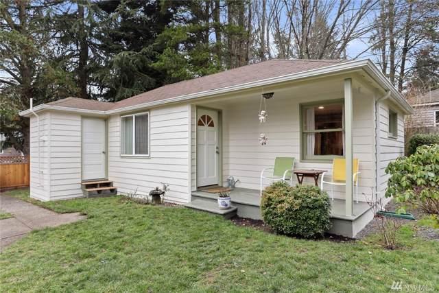 14043 NE 19th Ave, Seattle, WA 98125 (#1547562) :: Record Real Estate