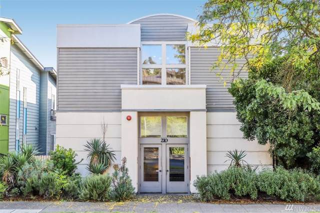 210 23rd Ave E, Seattle, WA 98112 (#1547801) :: The Kendra Todd Group at Keller Williams
