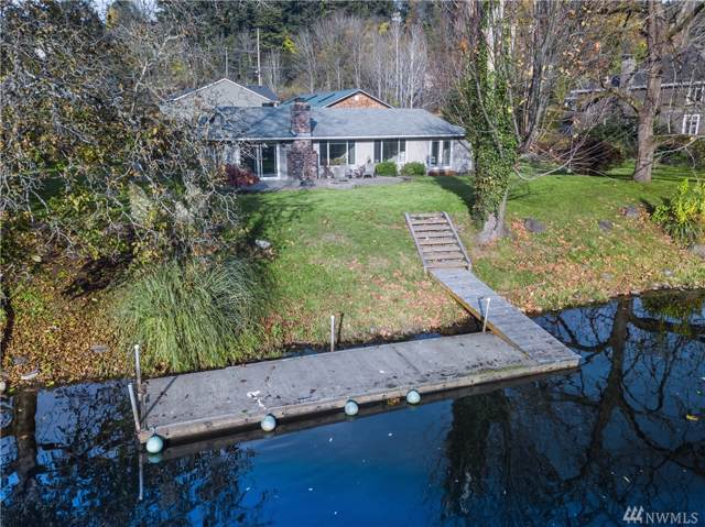 17402 84th Ave NE, Kenmore, WA 98028 (#1548589) :: Northern Key Team