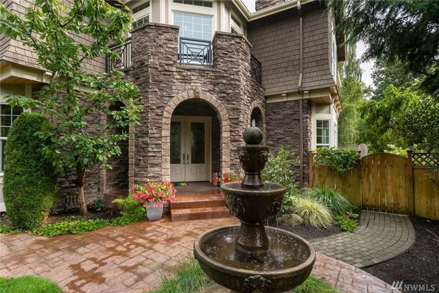 10251 NE 30th Place, Bellevue, WA 98004 (#1549313) :: Real Estate Solutions Group