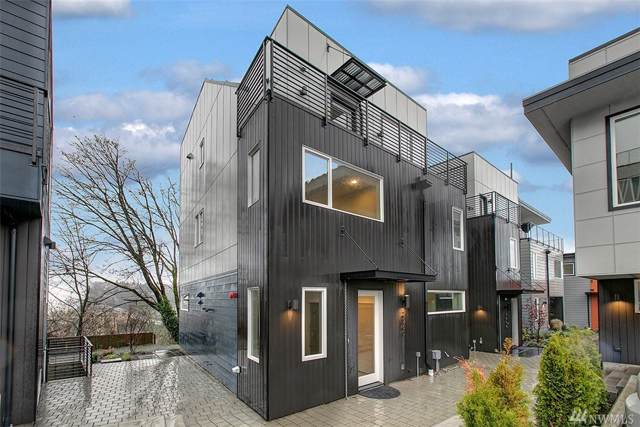 2060 SW Charlestown St, Seattle, WA 98106 (#1549770) :: The Kendra Todd Group at Keller Williams