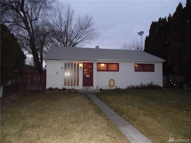 513 S Ash St, Warden, WA 98857 (#1549858) :: The Kendra Todd Group at Keller Williams