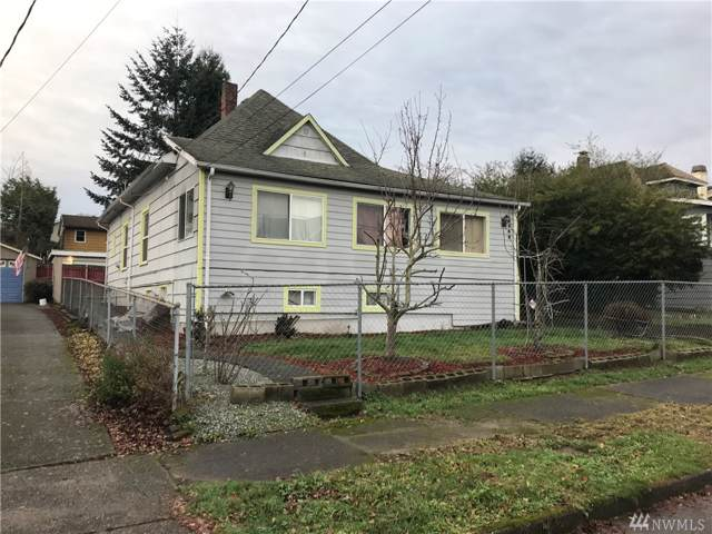 9348 54th Ave S, Seattle, WA 98118 (#1551359) :: Real Estate Solutions Group