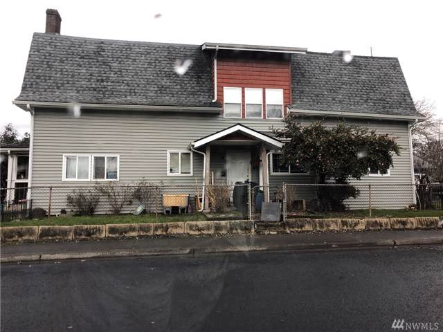302 17th Ave, Longview, WA 98632 (#1551486) :: Capstone Ventures Inc