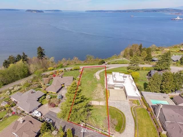 535 View Ridge Drive, Everett, WA 98203 (#1552544) :: Pickett Street Properties